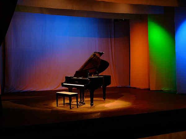 ピアノコンサートのホール