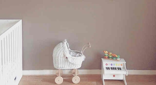 子供部屋のトイピアノ