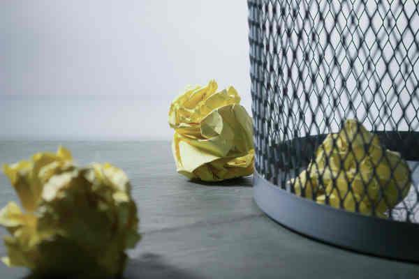 ゴミ箱とゴミ